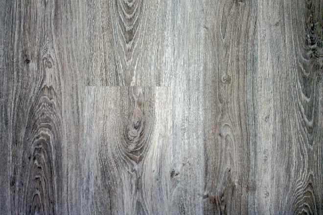 ламинат серый под дерево